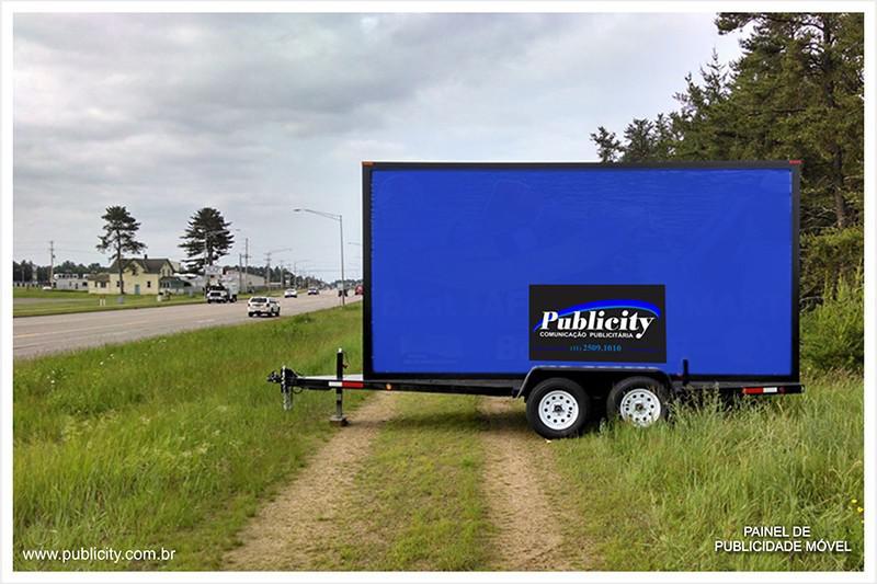 Painel de publicidade móvel